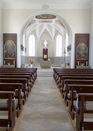 Kirche von innen am 27.07.2015